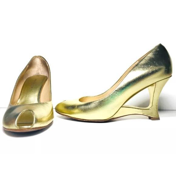 03ff24c4532 Ann Taylor Petra Peep Toe Cut-Out Heel Metallic